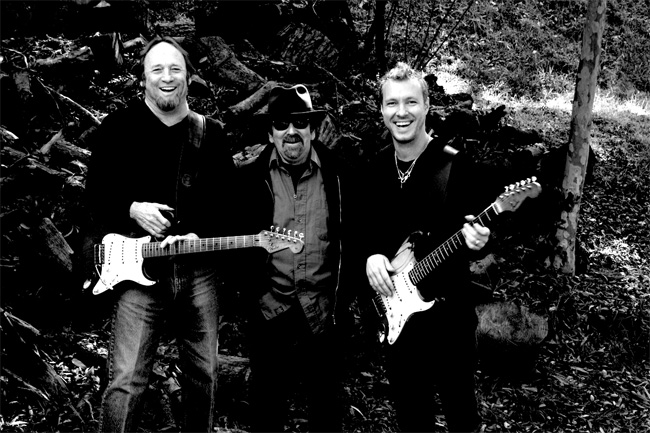 The Rides featuring Stephen Stills, Barry Goldberg, and Kenny Wayne Shepherd.
