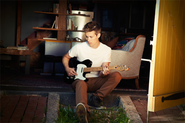 Jonny Lang will release Fight For My Soul in the UK/Europe on September 2nd and in North America on September 17th.