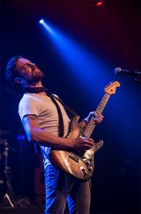 Dan Patlansky performing on tour.